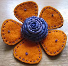 Felt Flower brooch (kayla coo) Tags: flower handmade embroidery brooch craft felt textile handsewn fiberart corsage brooches textileart flowerpin flowerbrooch feltflower textilejewellery kaylacoo