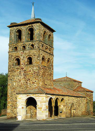 Zamora. Tábara. Iglesia de Sta María (siglo XII)