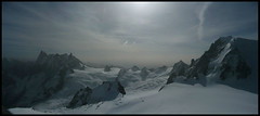 Mont Blanc (Luis Fdez.) Tags: france alpes europa europe resort viajes 2008 chamonix francia mont blanc vacaciones hdr montblanc aiguille aiguilledimidi