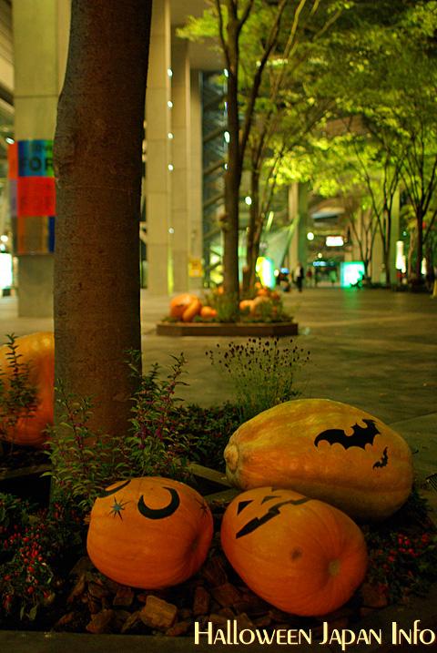 Yurakucho-Halloween2008-07