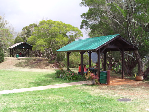 2 x picnic areas