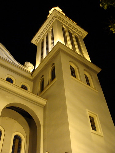 Torre iluminada