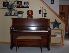"""""""new"""" piano"""