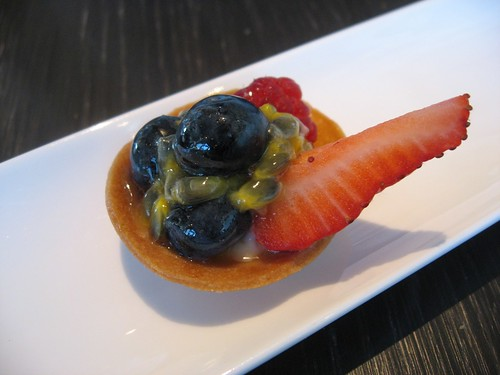Fruit Tart with Lychee Cream