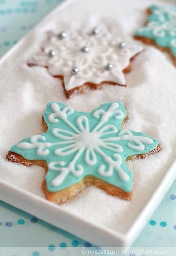 Decorated Snowflake Cookies
