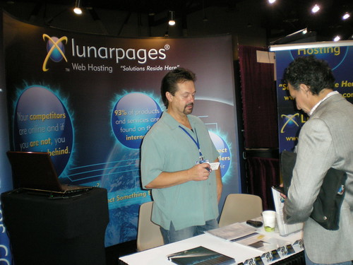 Lunarpages at Pubcon