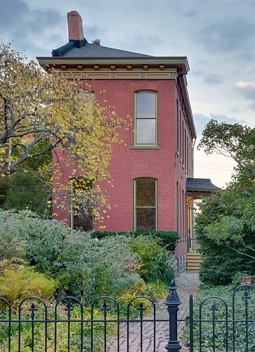 Lafayette Square Neighborhood, in Saint Louis, Missouri, USA - house 1