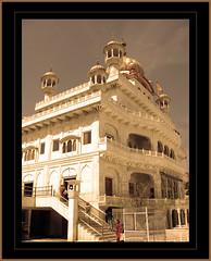 Akal Takhat (Jagroop Singh) Tags: sepia perspective sikh amritsar oldbuilding akaltakhat religiousbuilding harimandarsahib sikhinsm