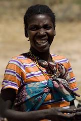(_desertsky) Tags: africa people digital angola lubango nikond200 australafrica muhuila