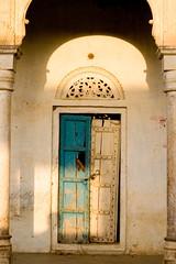 Heritage (niyatee) Tags: india heritage architecture rural women village haryana