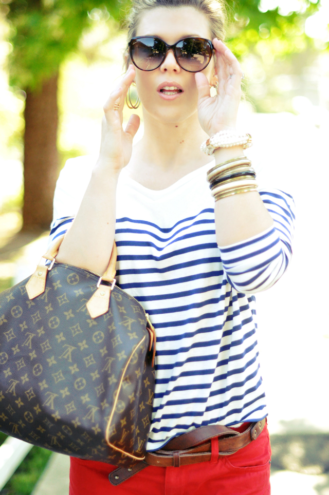 cropped red pants + blue and white striped t shirt + louis vuitton bag+gucci sunglasses