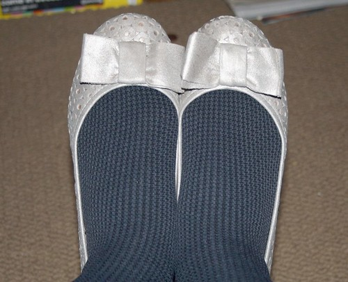 silver clarks flats bow
