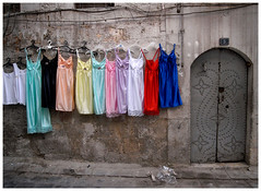 Nighties Display, Jdeideh, Aleppo Syria (Kalloosh) Tags: door color display syria ricoh caplio aleppo halab notholga nighties  jdeideh  gx100