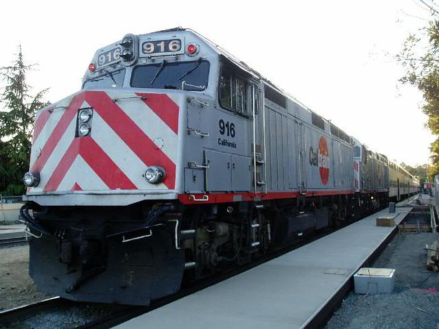 Caltrain(Double DLs 916-917)