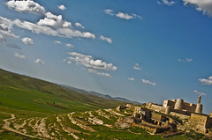 View over the Assyrian/Syriac village Enwerdo (Izla Kaya Bardavid) Tags: houses summer sky mountains color church nature rural turkey photo spring nikon village fields mesopotamia assyrian syriac goldenglobe southeastturkey spiritofphotography turabdinphoto enwerdo