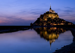Mont st michel et son reflet - normandie - France (Photm) Tags: sea mer france reflection beach water st night sand nikon eau cloudy sable architect reflet normandie bluehour 300 135 nikkor 18 michel paysage 70 reflexions reflexion normandy mont plage soe eglise vr manche baie abbaye d80 mywinners anawesomeshot aplusphoto diamondclassphotographer flickrdiamond flickrelite ostrellina anticando grouptripod montop guasdivinas