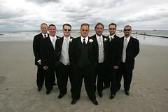 hombres en tuxedo