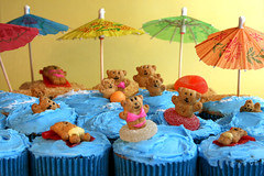 Bikini Beach Bear Cupcakes (Bakerella) Tags: blue cookies cupcakes candy bears cupcake umbrellas teddybears grahamcrackers teddygrahams sweettreats