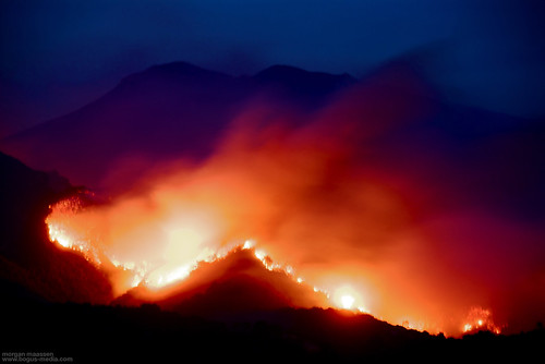 the gap fire rages