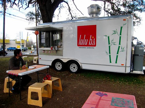 Lulu B's Vietnamese Sandwich... Truck!