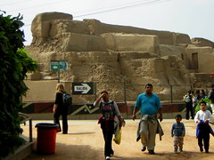 Parque de las Leyendas, Lima