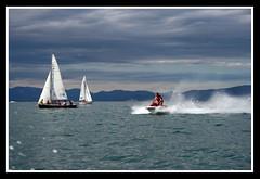 Vacaciones en el Mar (Itotti69) Tags: sea mountains water sport clouds vacances boat mar holidays mediterranean mediterraneo cel cielo nubes moto vela vacaciones juliol estiu nuvols favorites5 views50 views25 montanyes abigfave mediterr