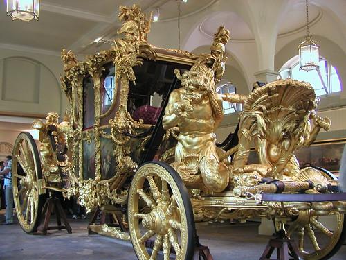 Buckingham Palace and Royal Mews 031