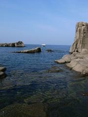 東尋坊の千畳敷から望む日本海