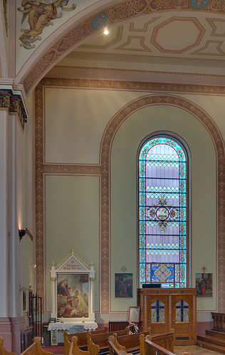 Our Lady of Victories Chapel, in Saint Louis, Missouri, USA - north transept