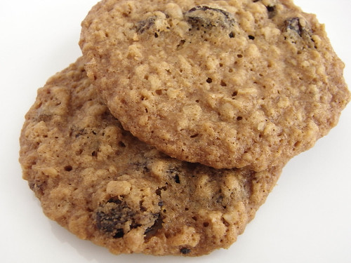09-04 oatmeal raisin cookie