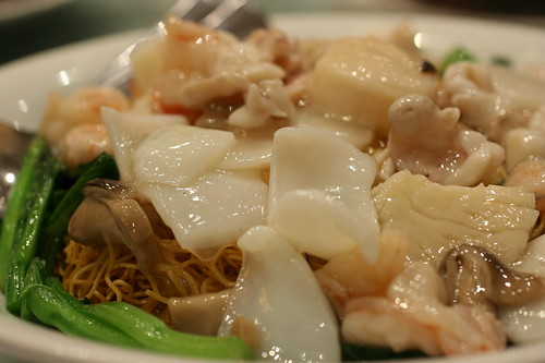 Seafood on Fried Egg Noodles