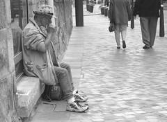 Blues For Money   (BFM...) (verytallsam (connect quand il peut)) Tags: street blues rue harmonica petiteshistoiressansparoles