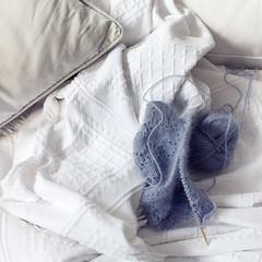 (a.n.) Tags: stilllife white wool grey soft hamburg cotton inthelivingroom onsunday