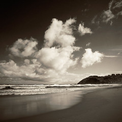 St Clair cloudscape (borealnz) Tags: sea beach clouds square sand bravo stclair nz getty otago dunedin toned bsquare digitallithwithoutthegrain borealnz
