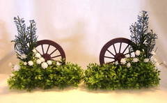 Wagon Wheel Hedges, Miniature, Dollhouse, 1/12 Scale (Golden Unicorn Miniatures) Tags: flowers plants garden miniatures miniature dollhouse dollshouse onetwelfthscale cdhm goldenunicornminis