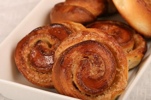 Cinnamon buns / Kaneelisaiad