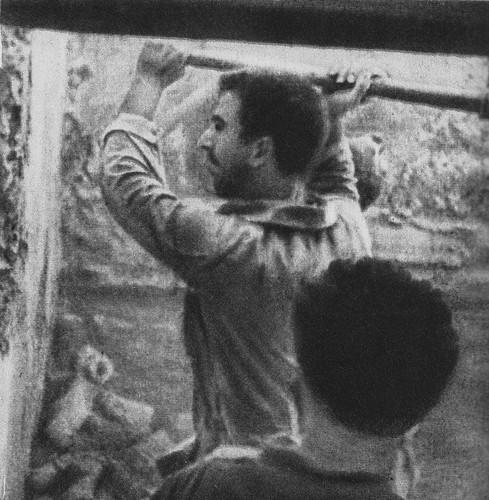 Mineros republicanos cavando las minas destinadas a volar el Alcázar de Toledo