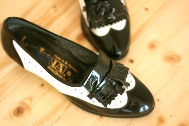 Etsy! Vintage B&W Penny Loafer Mocassins