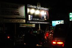 Macet malam minggu di dago (Kasyfi) Tags: streetlight dago nighttraffic