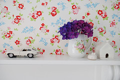 Good Old Wallpaper (yvestown) Tags: wallpaper muji cathkidston jaguaretype interiorstyling