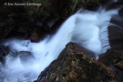 Parque Natural de #Gorbeia #DePaseoConLarri #Flickr 6541 (Jose Asensio Larrinaga (Larri) Larri1276) Tags: waterfall basquecountry cascada 2014 urjauzia efectoseda orozkobizkaia parquenaturaldegorbeiagorbea