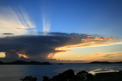 mushroom cloud sunset (beclee) Tags: ti fnq iloveclouds