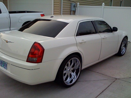 Pics Of 22 Staggered Please Chrysler 300c Forum 300c