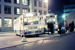 SOL Bristol REMH / Alexander M-types loading at night (georgeupstairs) Tags: bus night bristol coach edinburgh express alexander 1976 standrewssquare remh scottishomnibuses sfs365h xa365