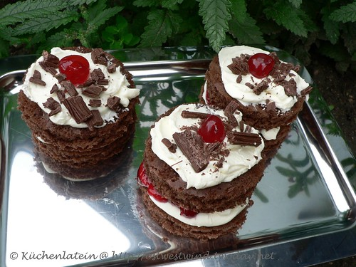 Little Black Forest Cakes 001