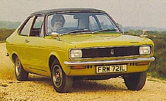 Avenger FRW721L (Phil Tyler.) Tags: classic car hillman avenger rootes