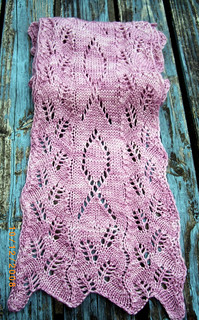 Free Crochet Pattern For Breast Cancer Awareness Scarf : Ravelry: Ribbon Scarf pattern by Anniken Allis