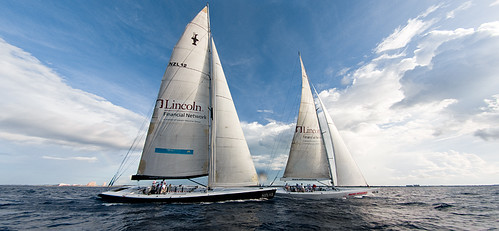 Sail Nassau - Panorama of both Yachts por Noel back in Zurich.