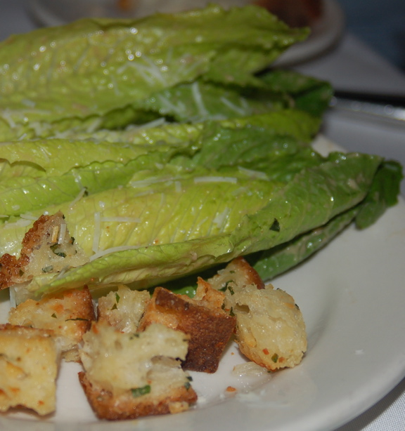 3dd_salad_romaine_leaves_classic_caesar_dressing_hard_cheese_herb_croutons