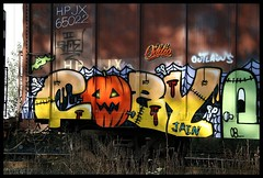 IMG_4660 (Oddio) Tags: 6 graffiti cozy trains six freights kozy sixr